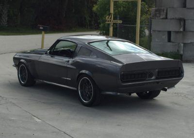 1968-Ford-Mustang4.6-Cobra-Engine-Swapmuscle-car-restoration