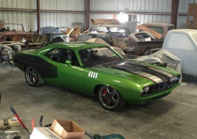 1971-Plymouth-Hemi-Cuda6.4-hemi-swapCar-Restoration