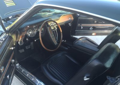 GT-350-Shelbycar-interior-restoration2
