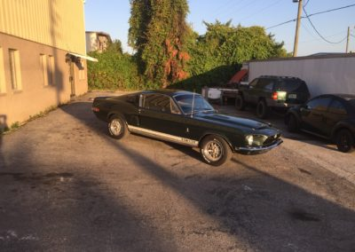 GT-350-Shelbyold-car-restoration