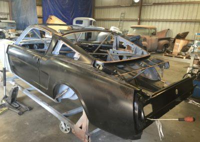 VoodooRFlat-Plane-Crank-Coyote-engine-swapRestomod